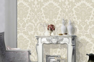 kensington-cream-and-silver-damask-wallpaper.jpg